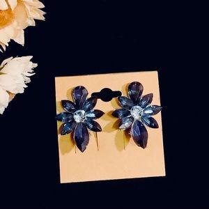 Clip Earrings Blue flower silver tone sparkle NEW
